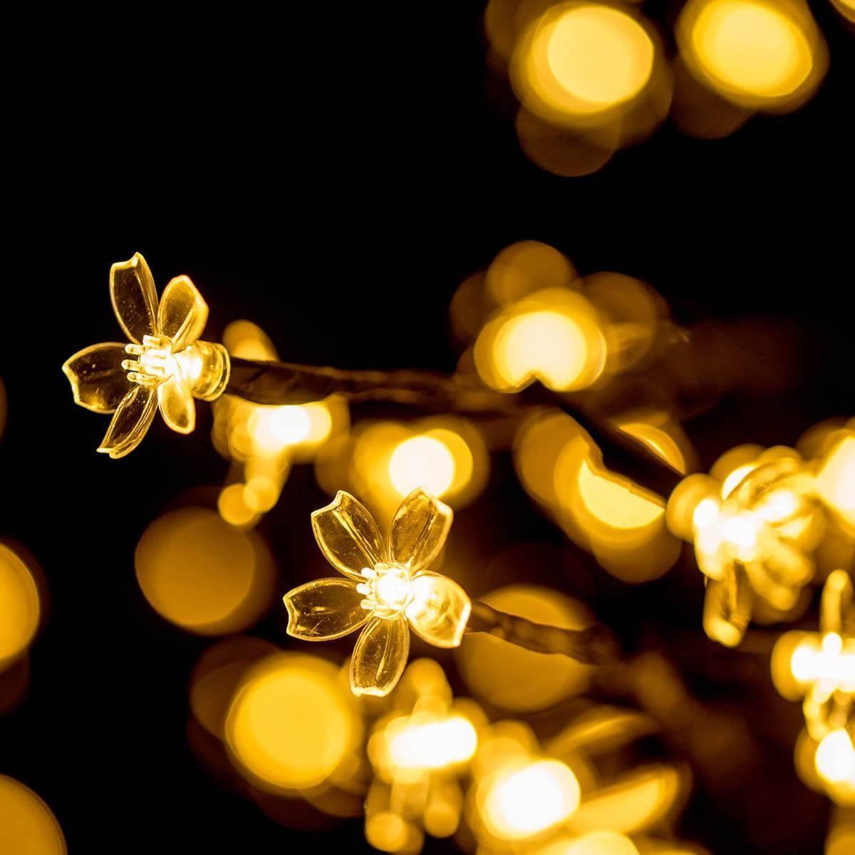 LED Baum mit Blüten